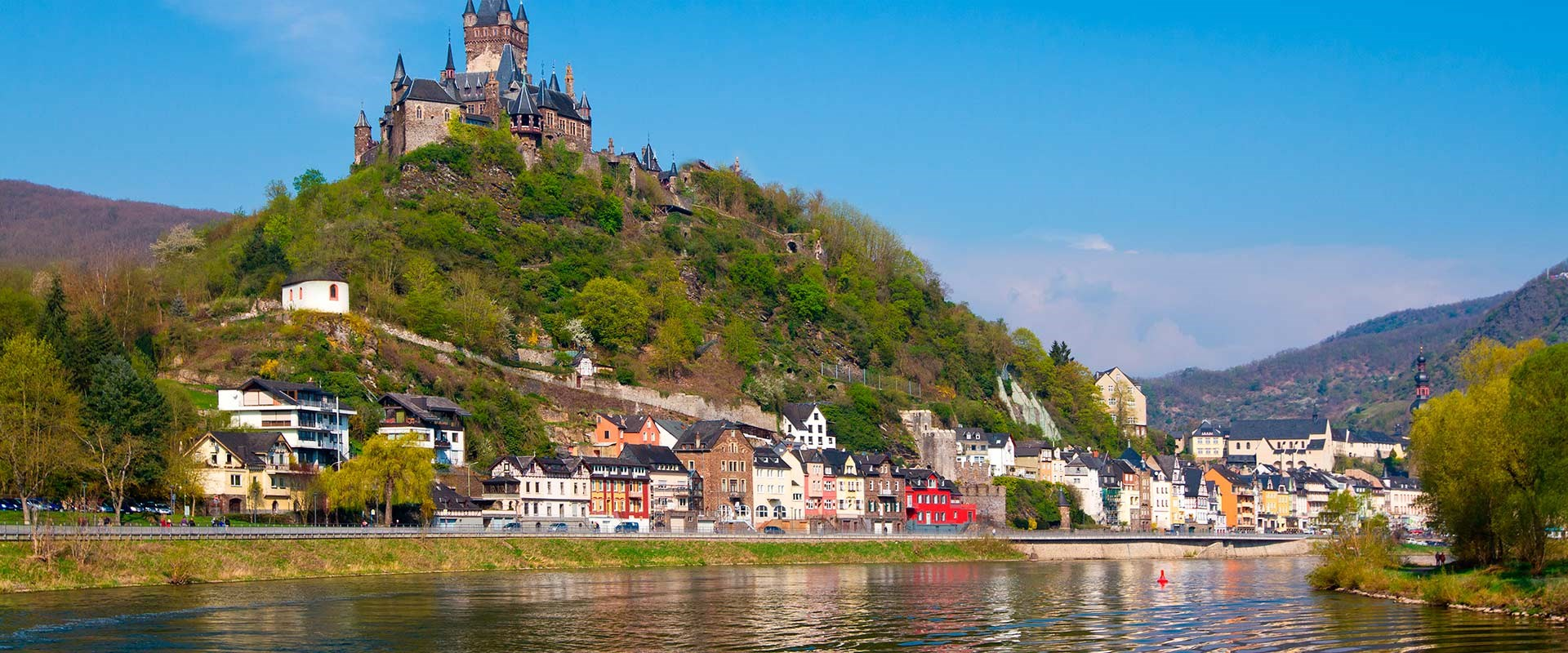 View the Roompot Ferienresort Cochem from the river cruise germany